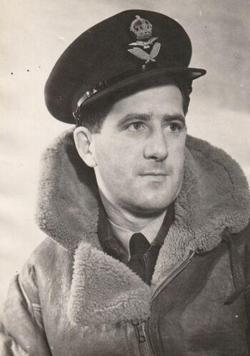Flight Lieutenant Kenneth Littlejohn Dowling 400554