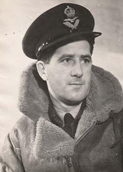 Flight Lieutenant Kenneth Littlejohn DOWLING