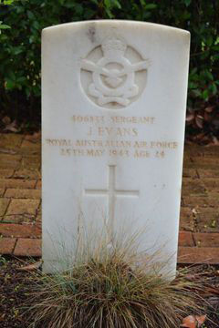 1WAGS - EVANS James - Service Number 406833 (grave_edited-1)