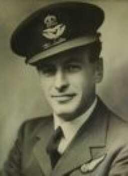 LYONS [DFM], Kenneth Marcus Denbigh - Service Number 404752 | 1WAGS Ballarat