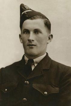 PONTT, Kenneth Arthur - Service Number 442362 | 1WAGS Ballarat