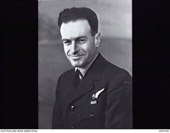LYONS, Kenneth Marcus Denbigh - Service Number 404752 | 1WAGS Ballarat